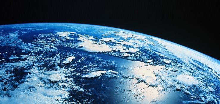 ... La Terra non cambia, è qui da tanto tanto tempo perchè